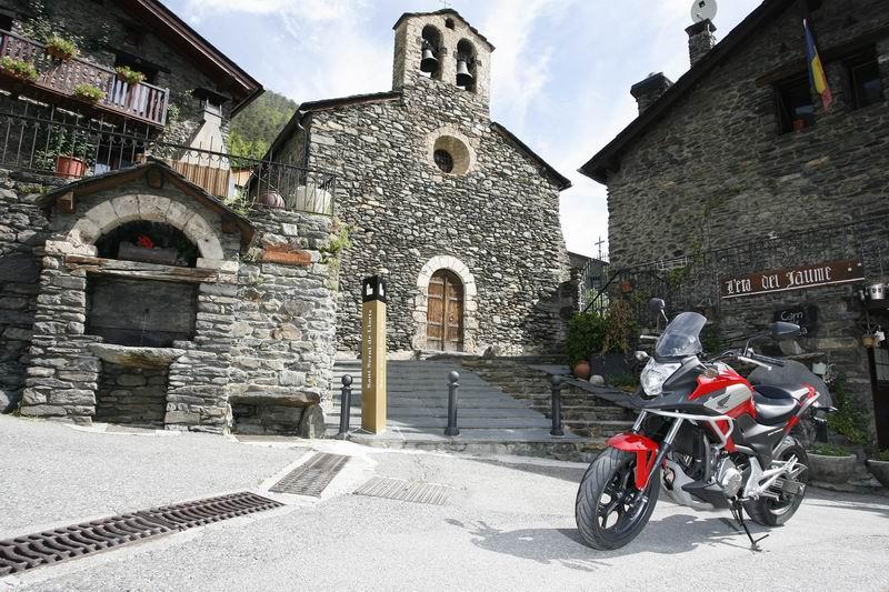 Turismo en moto por Andorra