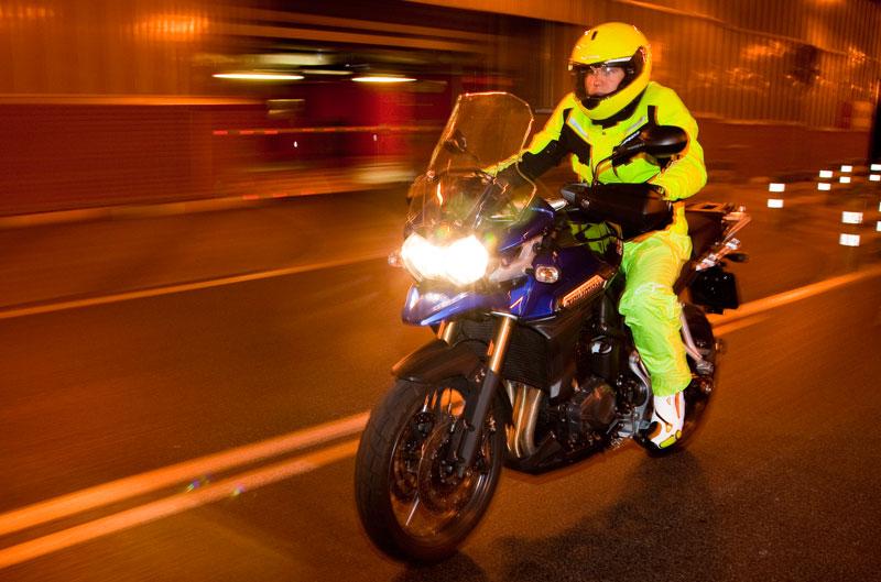 Especial ropa reflectante para moto