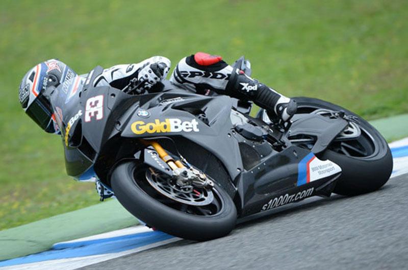 BMW Motorrad entrena en Jerez