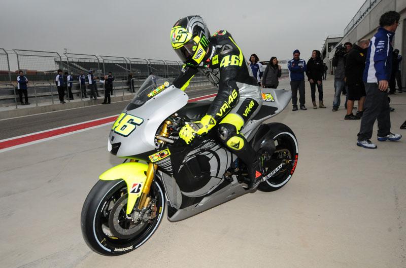 Superbikes y Yamaha MotoGP realizan test en MotorLand