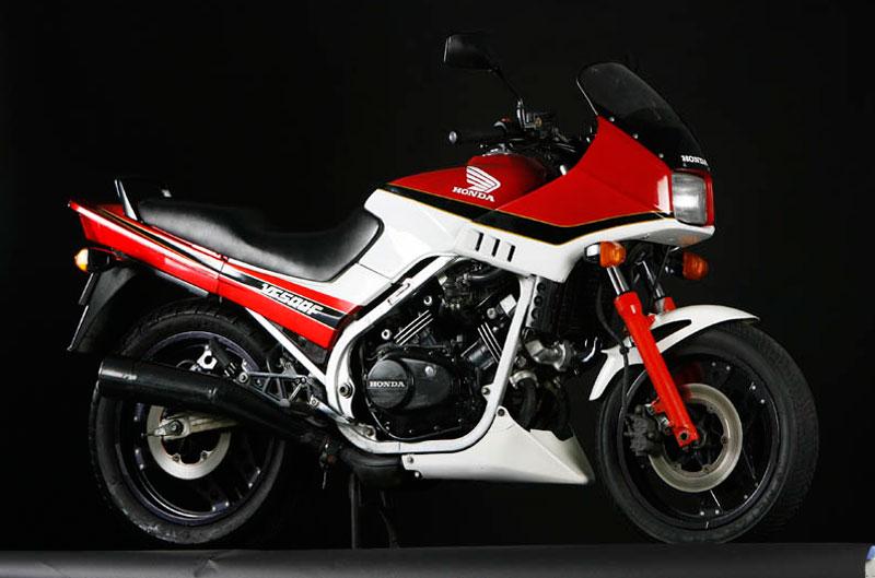 Honda V 500 F