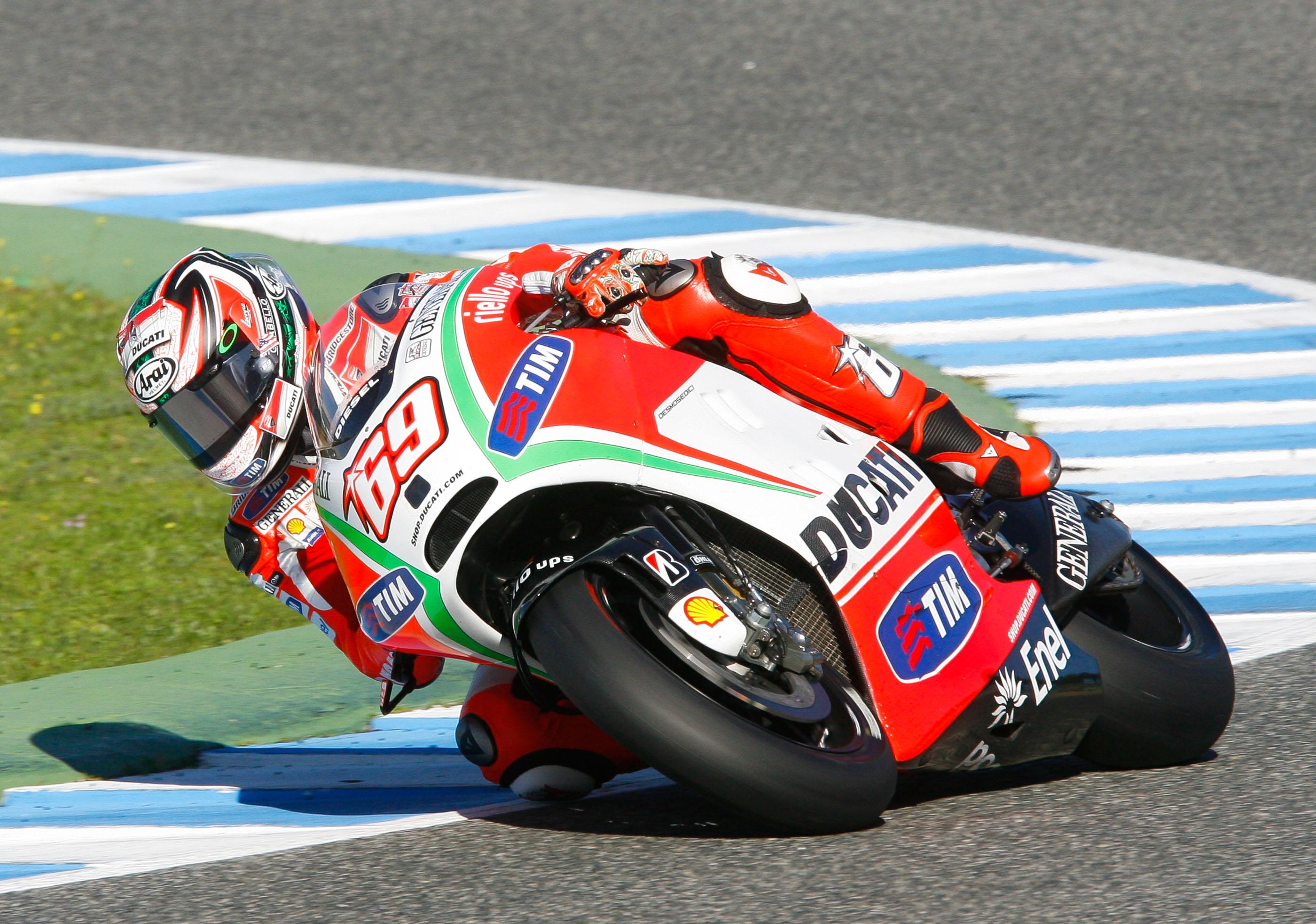 Hayden marca el mejor tiempo en el Test de Jerez