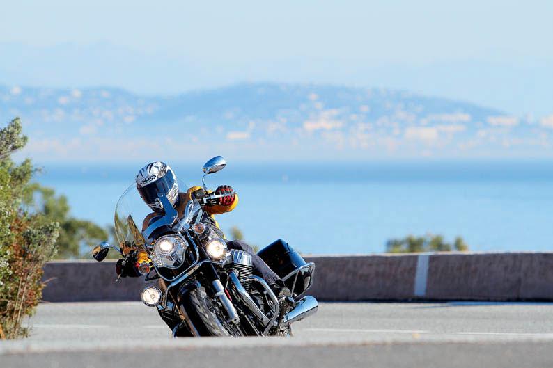 Moto Guzzi California 1400 Touring. Prueba a fondo