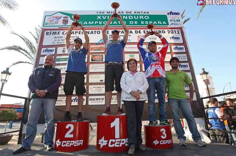 Oriol Mena gana la primera de Cross Country