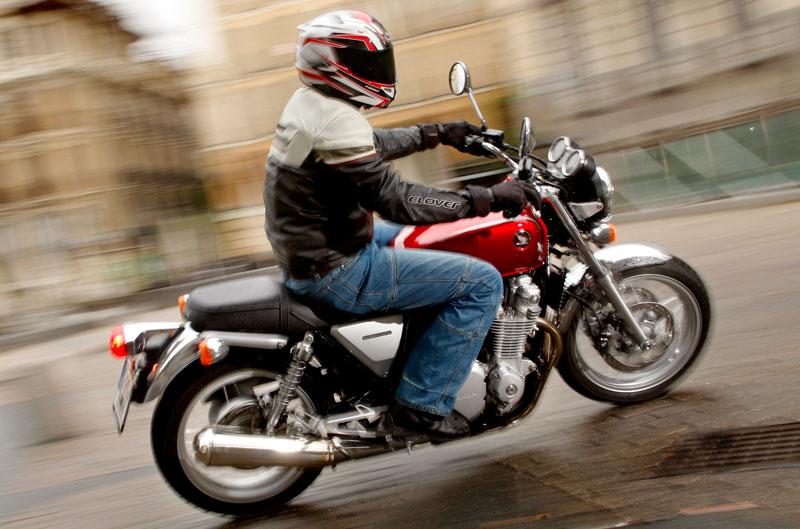 Honda CB1100. Prueba