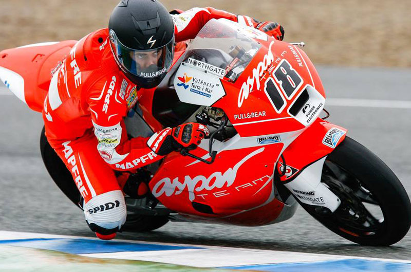 Nico Terol y Danny Web, los más rápidos en la lluvia de Jerez