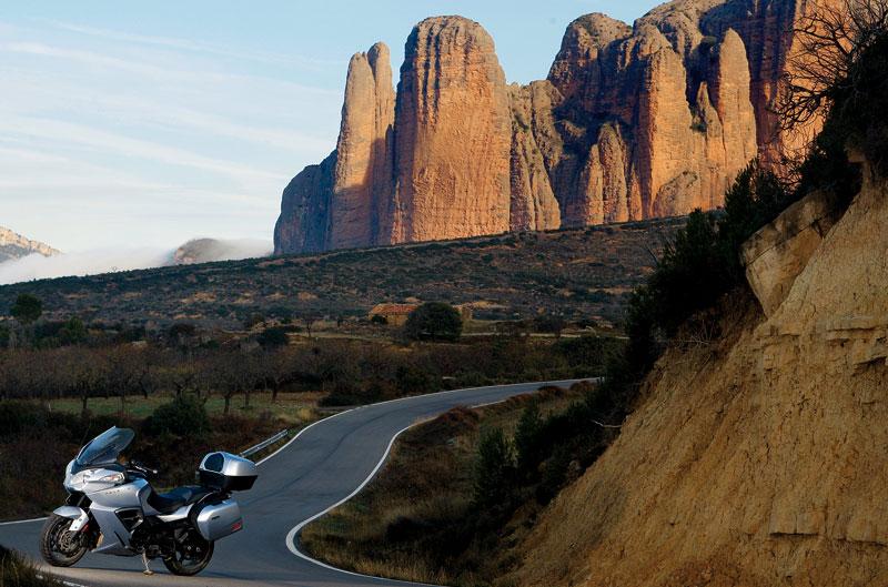 Turismo: Pirineo Navarro-aragonés en Triumph Trophy 1200