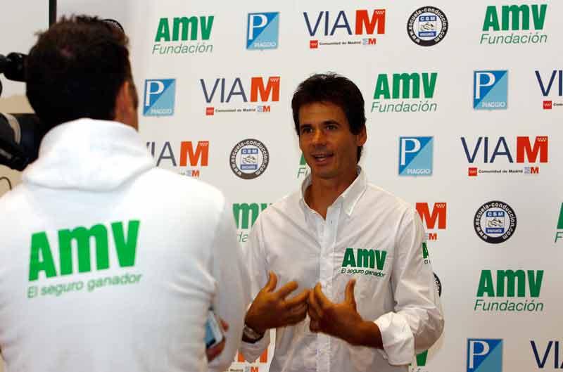 La Fundación AMV apuesta por la moto antes que por el coche