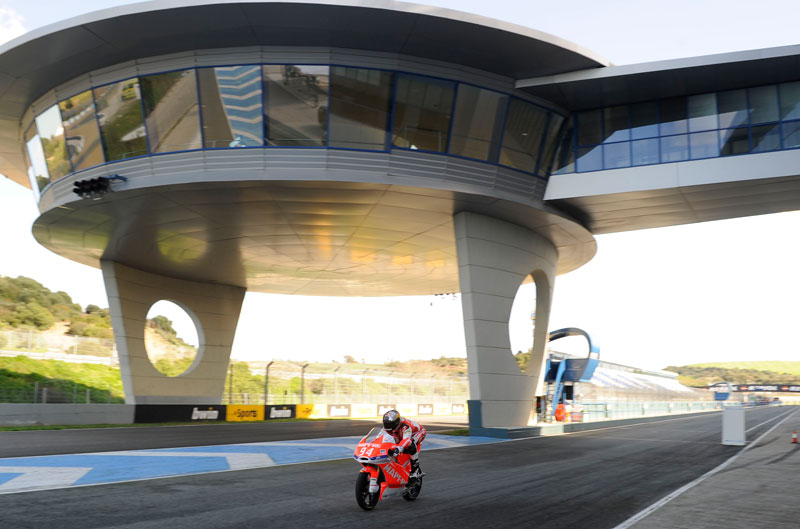 Jonas Folger, mejor tiempo de Moto3 en Jerez