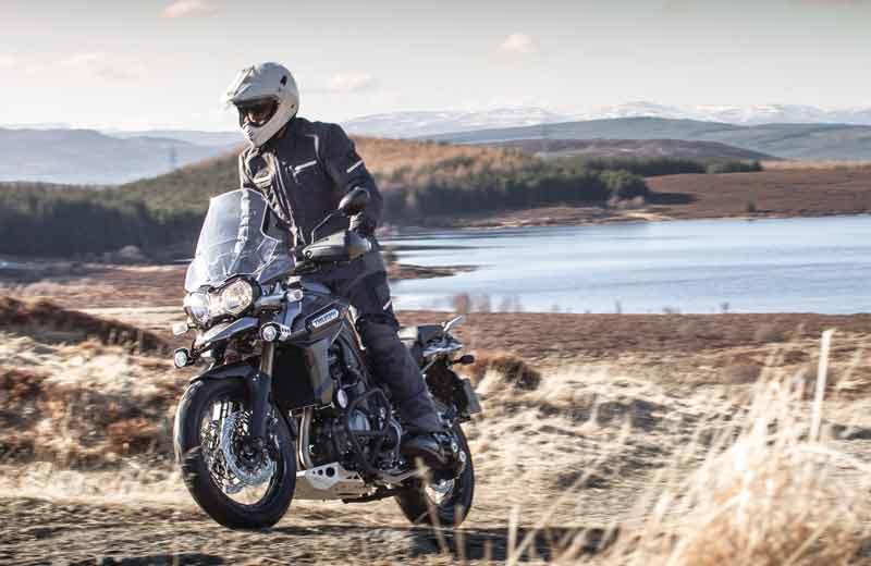 La Triumph Explorer 1200 XC recorre Escocia