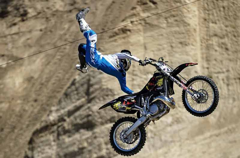 Rob Adelberg vence en el Red Bull X-Fighters de California
