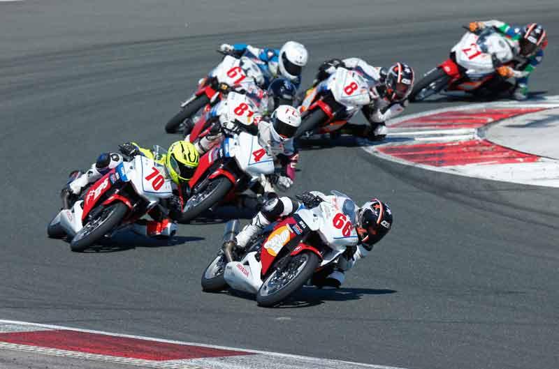 Victoria de Marc Alcoba en la segunda prueba de la Copa Honda CBR250R