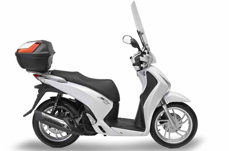 Givi complementa la Honda SH125i