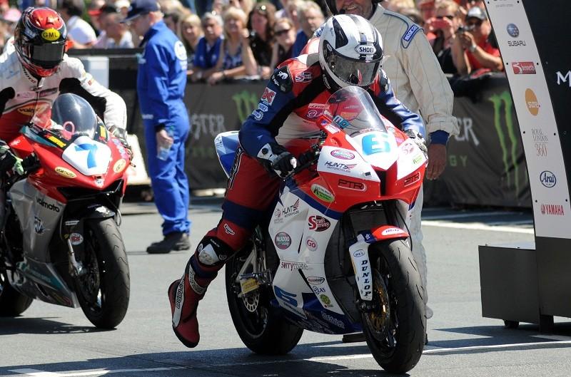 TT de la Isla de Man. Supersport 2 y TT Zero