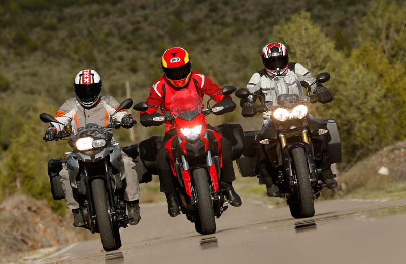 Comparativa trail: Ducati Hyperstrada, BMW F 700 GS y Triumph Tiger 800