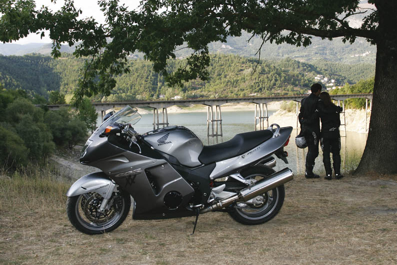 Honda CBR1100XX Super Blackbird. Segunda mano