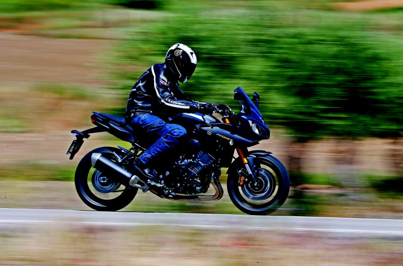 Yamaha Fazer8. Prueba