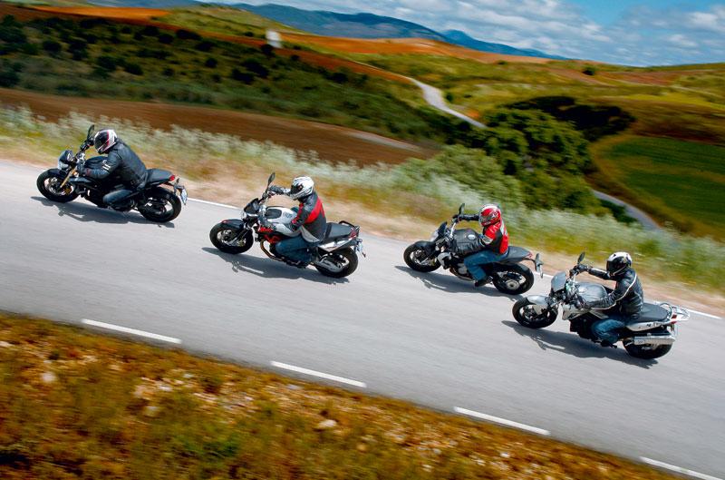 Comparativa Aprilia Shiver 750, BMW F 800 R, MV Agusta Brutale 675, Triumph Street Triple