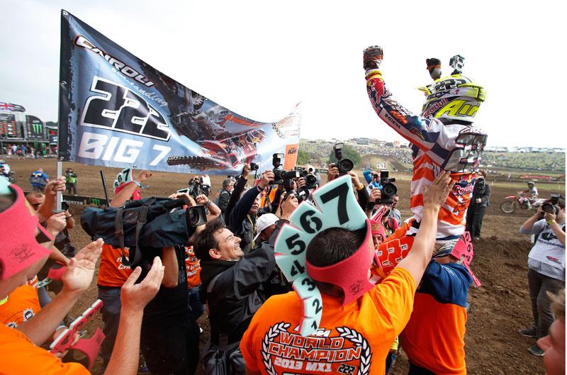 Tony Cairoli gana su séptimo título mundial de MX