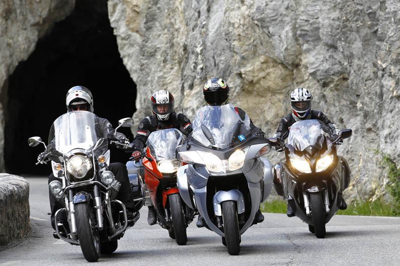 Comparativa motos Touring Alpen Master 2013
