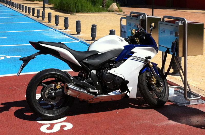 El MotoParking llega a España