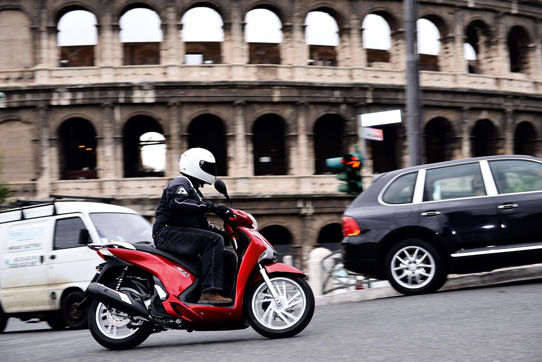 El RACC y Montesa-Honda analizan la opinión de los conductores de motocicletas