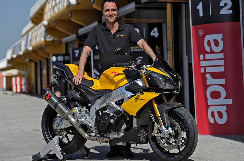 Romano Albesiano, responsable de las actividades deportivas de Aprilia