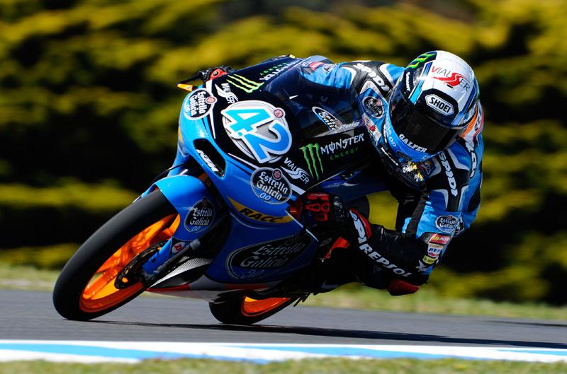Alex Rins gana una carrera espectacular en Phillip Island