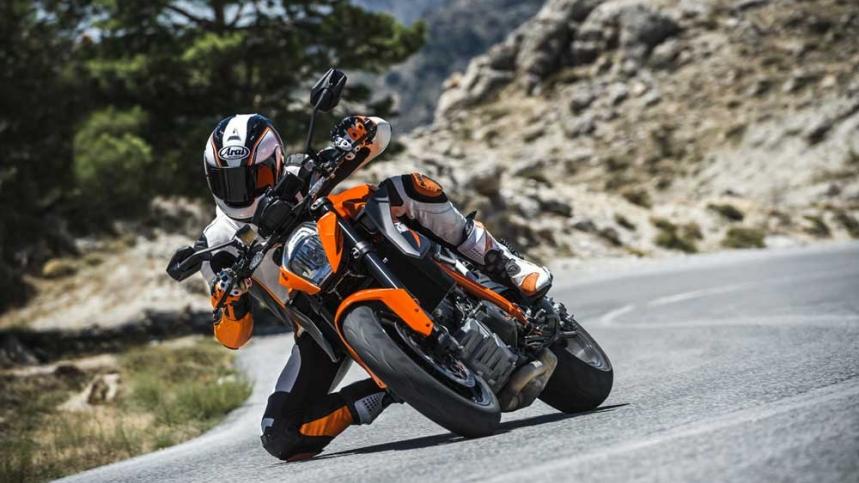 Bases participación Moto del Año 2016