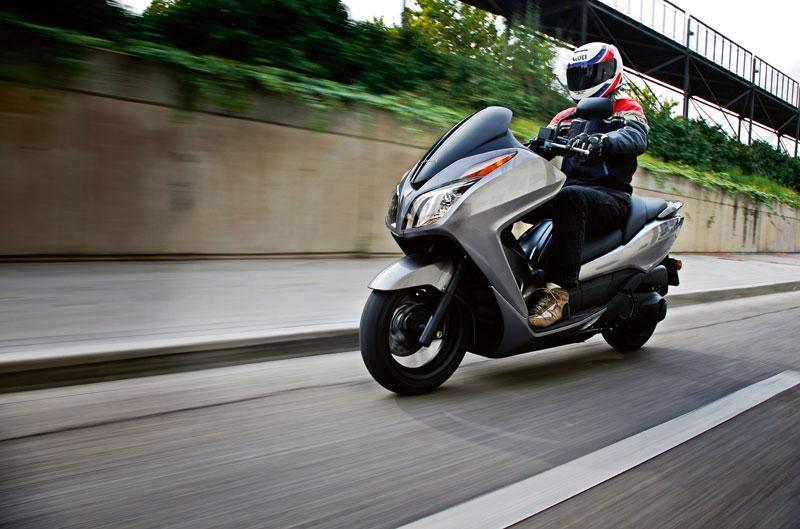 Prueba Honda Forza 300