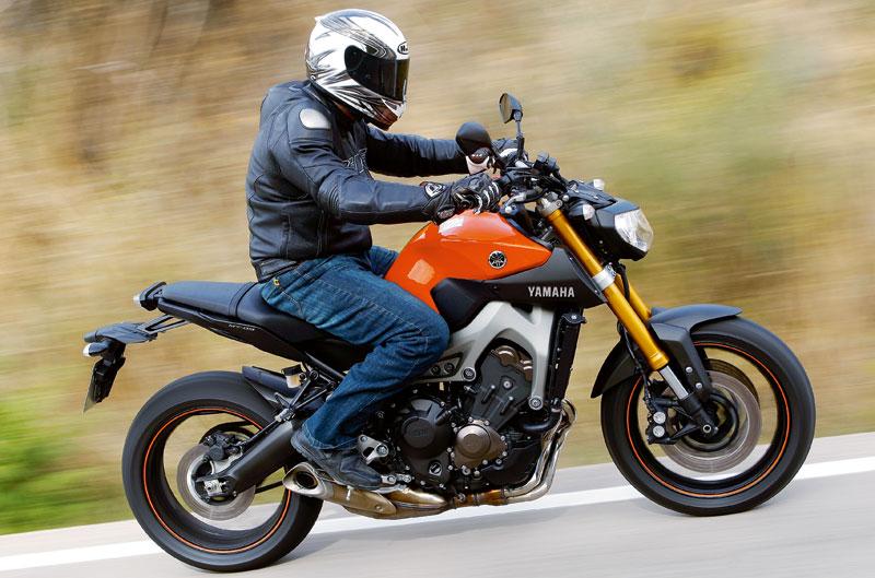 Informe pantalones vaqueros para moto