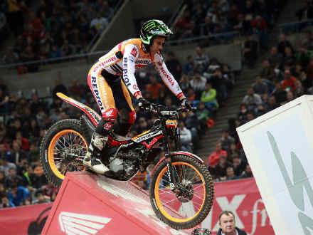 Toni Bou revalida título de Trial Indoor en Girona
