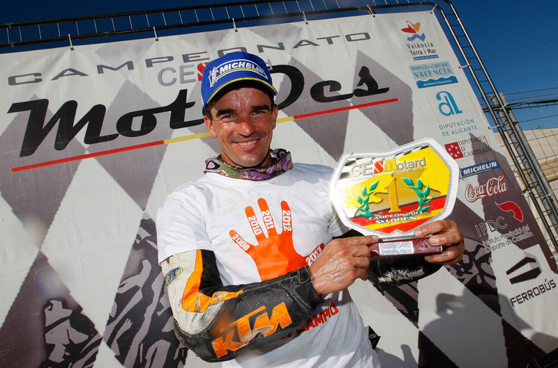 Cucharrera, Campeón de España