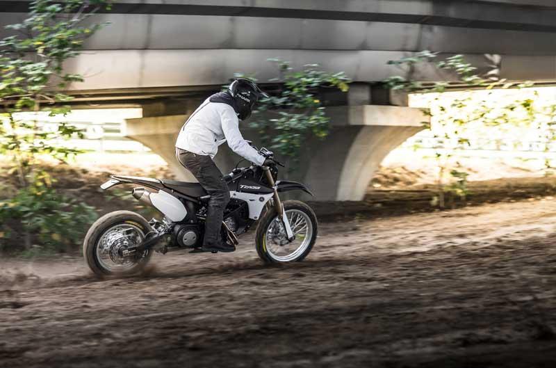 Yamaha TMax Tcross Hyper Modified