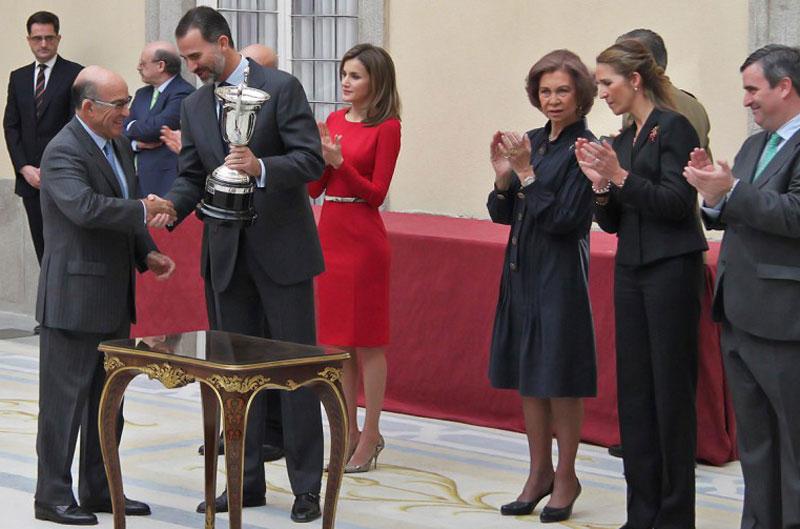 Dorna recoge el Premio Nacional a las Artes y las Ciencias Aplicadas al Deporte