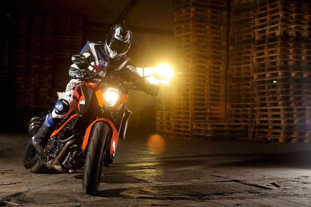 Motociclismo 2390: Contenidos y sumario de la revista