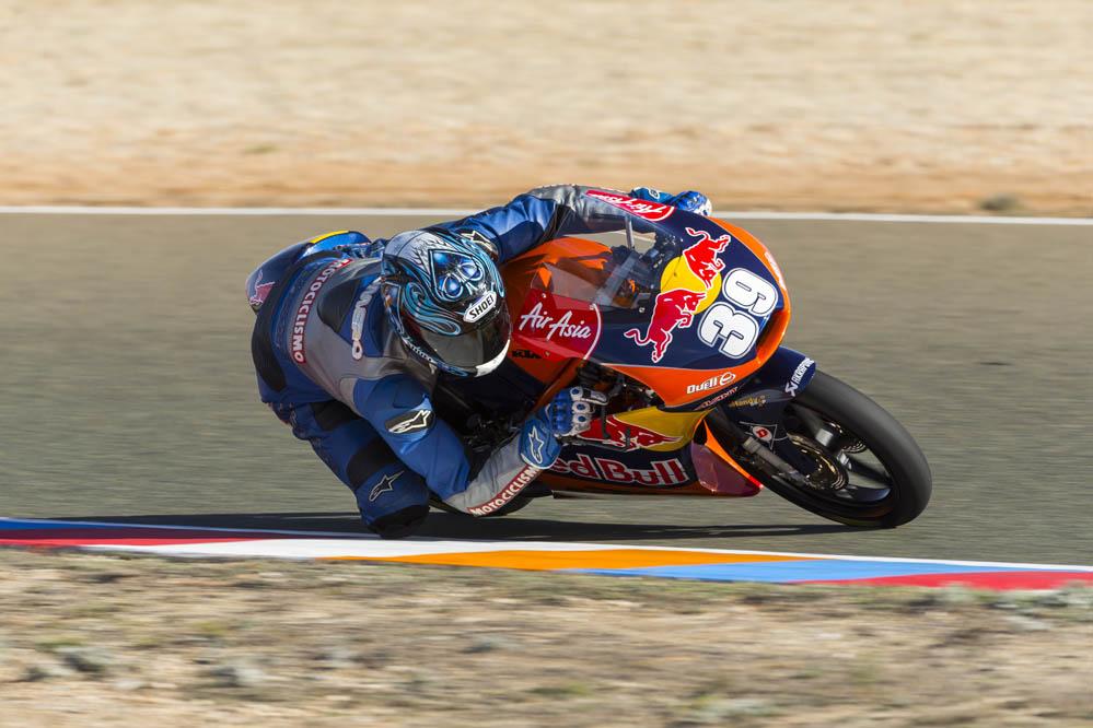 Motociclismo prueba la KTM de Moto3