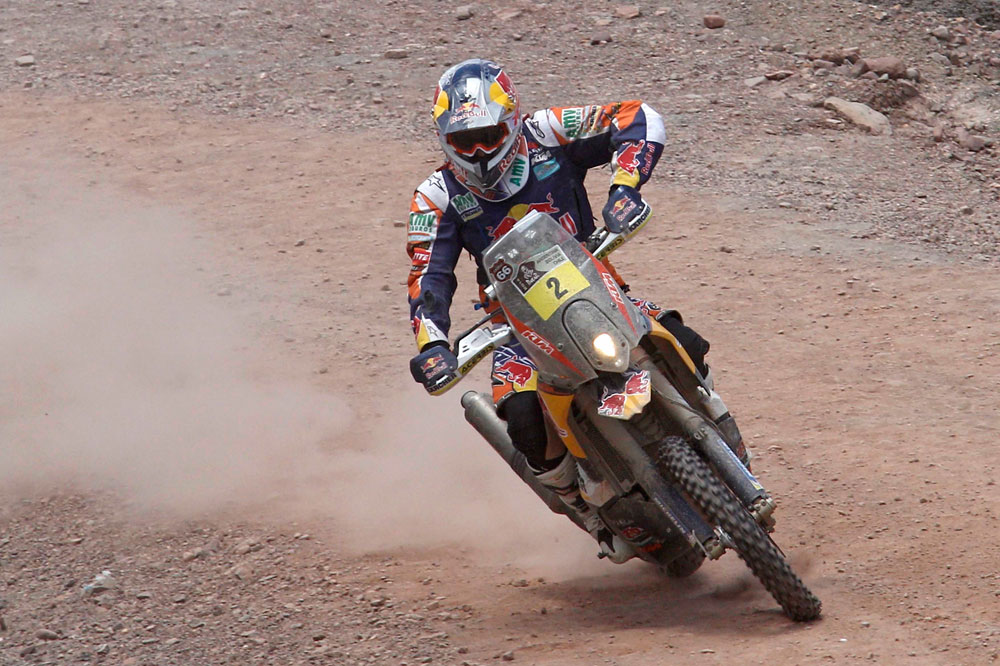 Marc Coma consolida su liderato en el Dakar