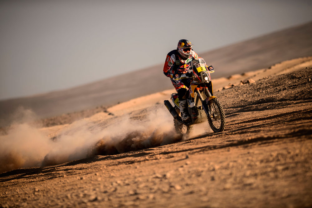 Marc Coma acaricia su cuarto Dakar