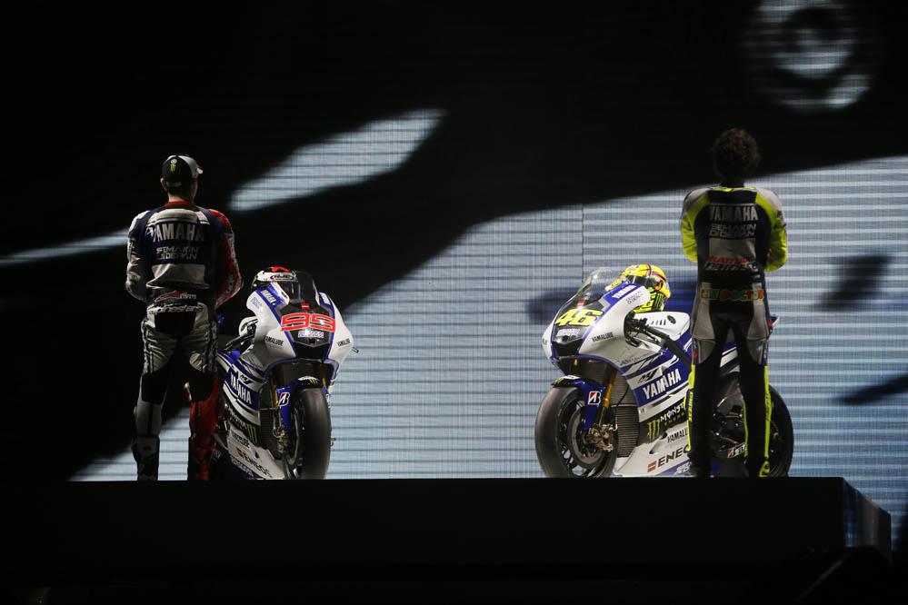 Yamaha presenta la nueva M1 de Lorenzo y Rossi