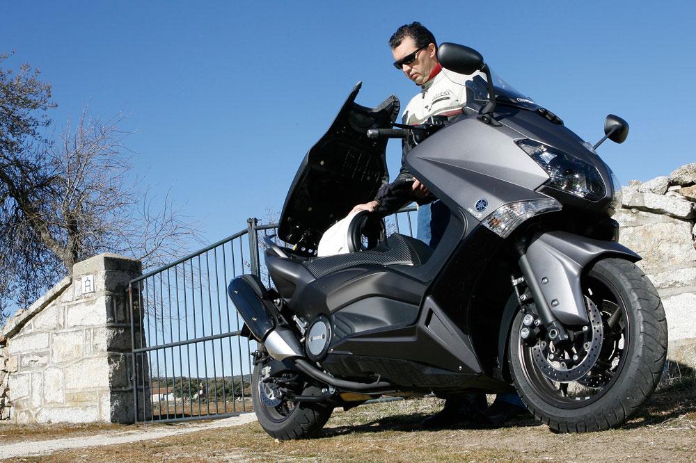 Segunda mano: Yamaha T-MAX 500/530