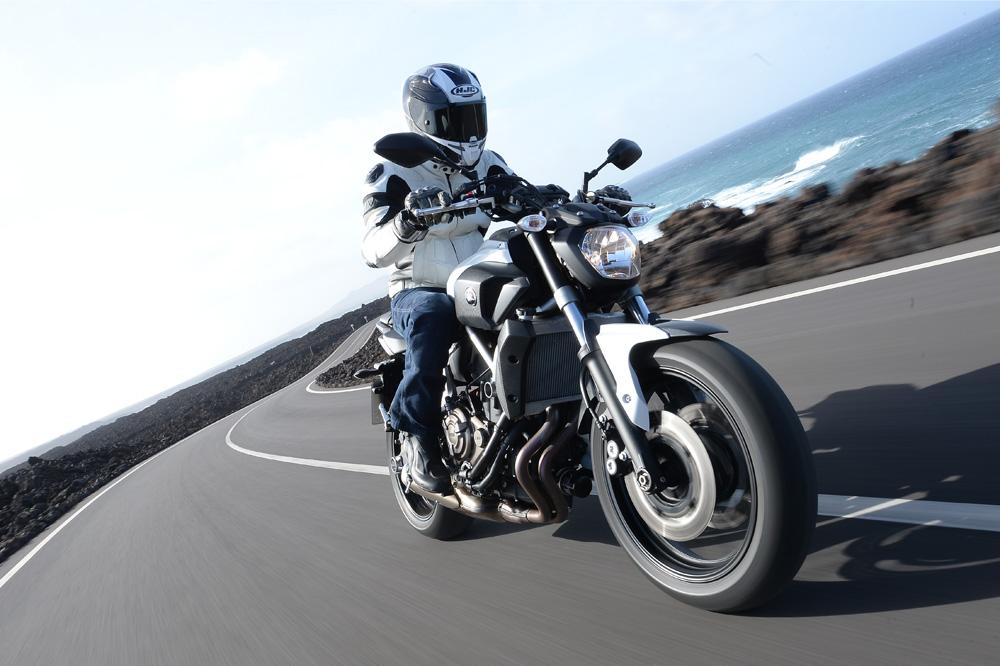 Prueba de la Yamaha MT-07