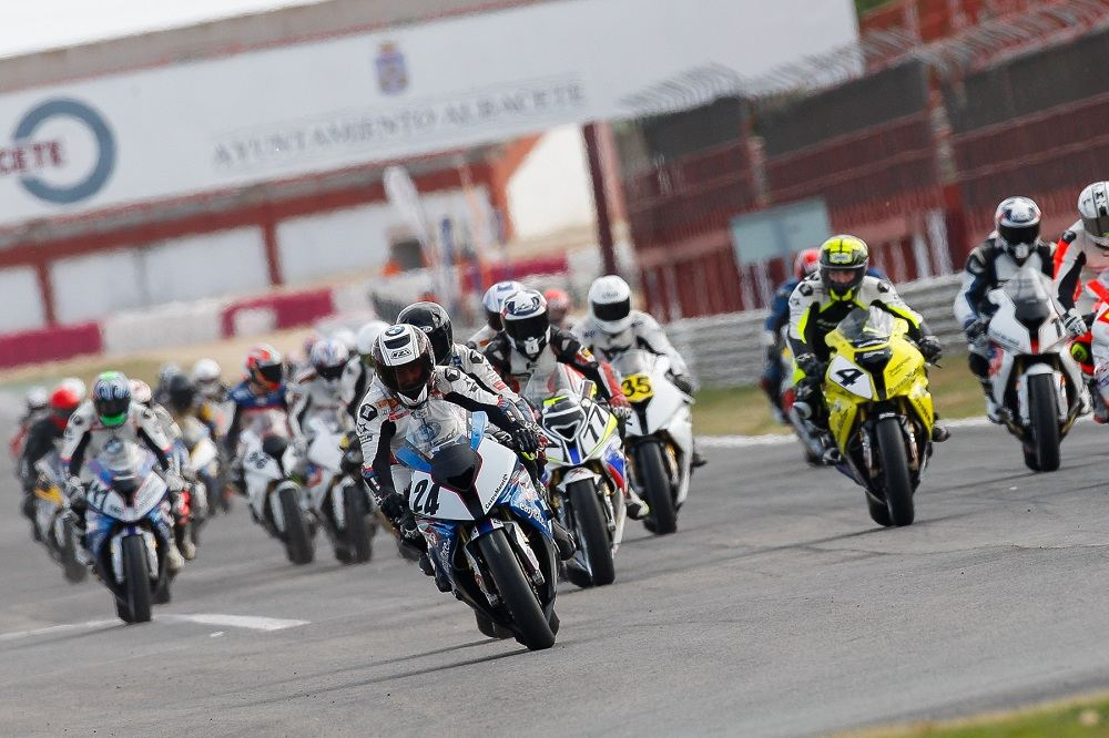 Comienza la Copa S1000RR Easyrace 2014 en Albacete