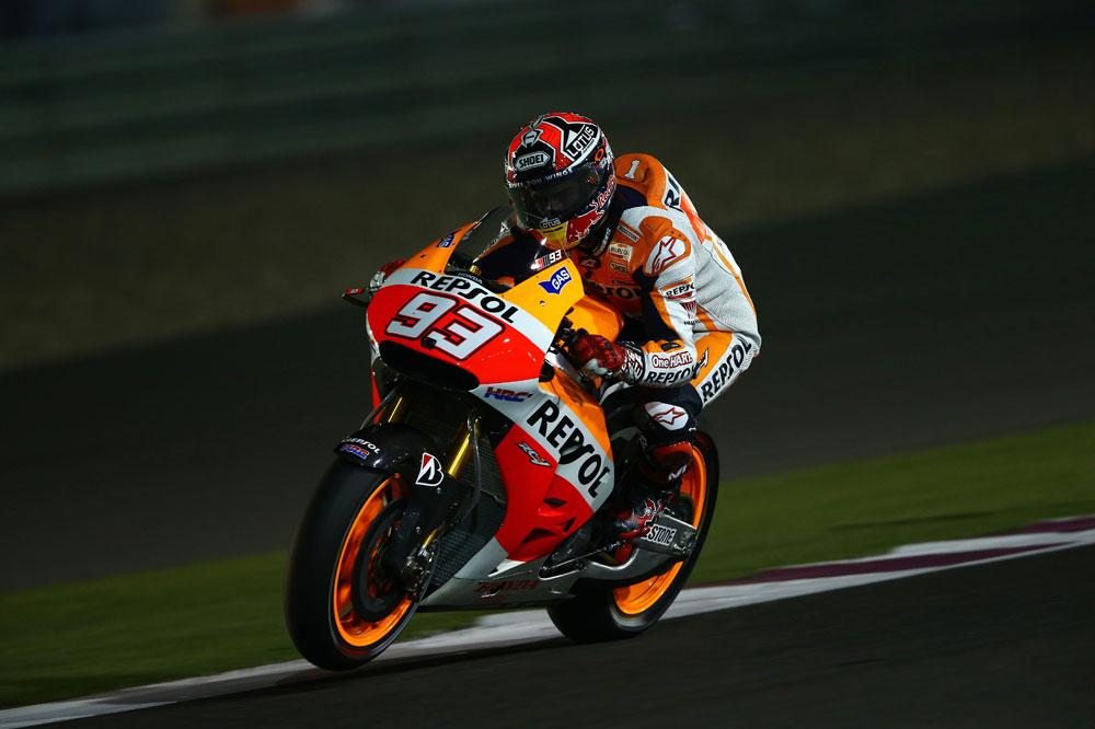Marc Márquez doblega a Valentino Rossi en el GP de Qatar
