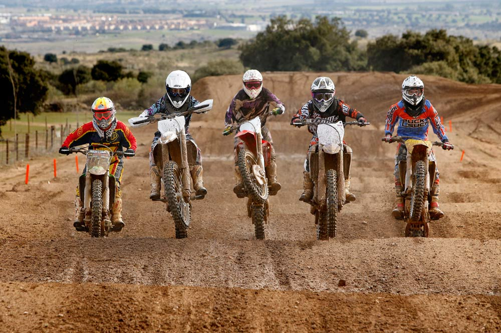 Comparativa motocross 250 2014: Honda, Husqvarna, Kawasaki, Suzuki y Yamaha