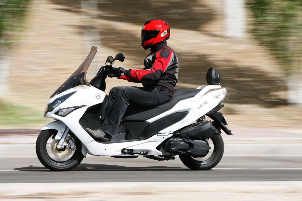 Daelim aplica descuentos en su gama scooter