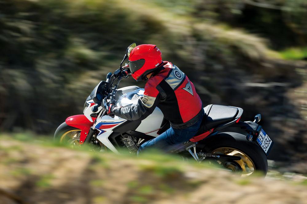 Motociclismo 2.406: Contenidos de la revista