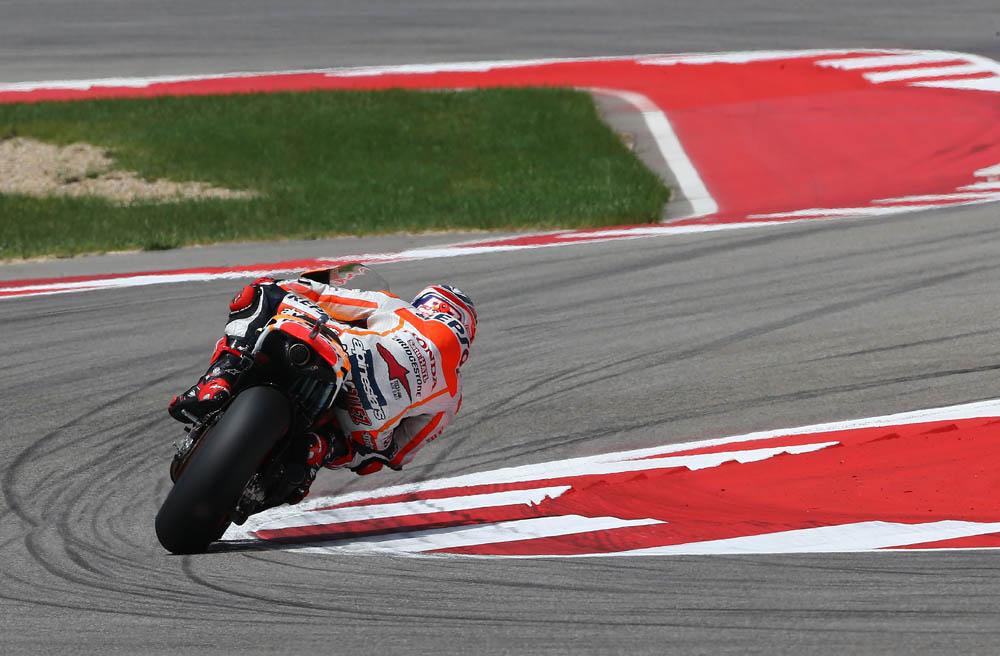 Se abre el mercado de neumáticos en MotoGP
