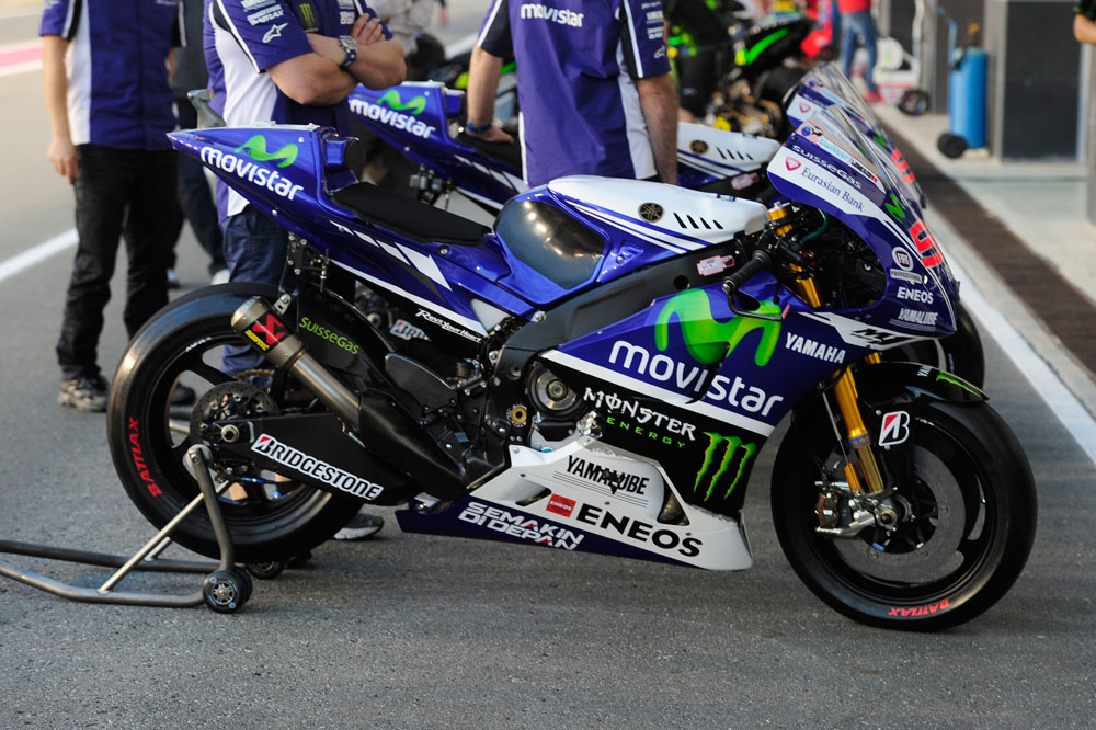 Rossi y Lorenzo probarán hoy el basculante de 2013