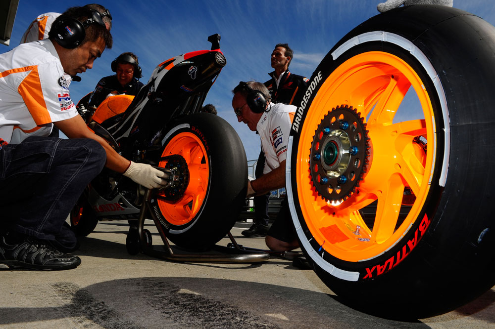 Bridgestone deja MotoGP a finales de 2015